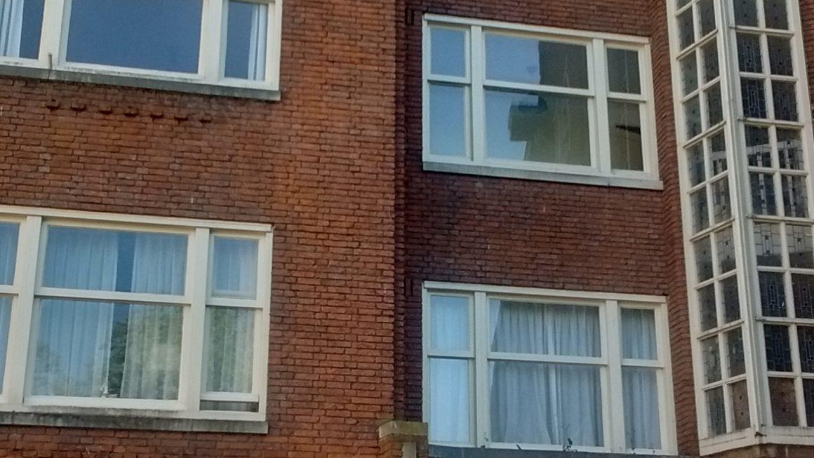 Verkamering Watteaustraat. Buurt verkruimelt.